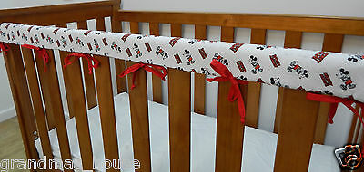 1 x Baby Cot Rail Cover Crib Teething Pad - Mickey Mouse Monochrome *REDUCED*