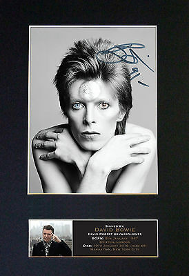 DAVID BOWIE No2 Signed Mounted Autograph Photo Prints A4 606