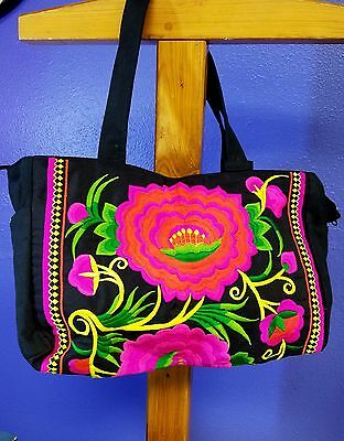 """COLORFUL """"HAND"""" Embroidered Thailand  Hmong Hill Tribe Purse"""