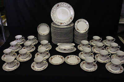 99 Pc Sheffield Porcelain Fine China ANNIVERSARY Pattern, Service for 22, Japan