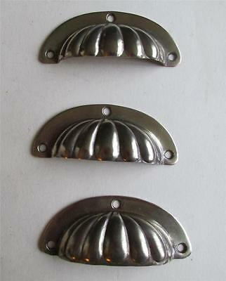 Antique Victorian heavy brass fluted shell drawer handles  10 x 4  x 1.8cm