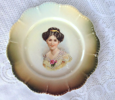Antique Silesia Germany Portrait Plate with scalloped edges (84)