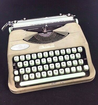 1960's Hermes Rocket Vintage Typewriter FULLY FUNCTIONAL with Carrying Cover