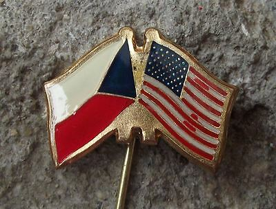 USA Czechoslovakian Flag Crossed American Stars Stripes Friendship Pin Badge