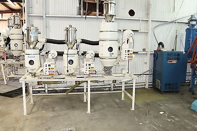 Novatec Drier HB-5 and HB-25 with Tanks and Vacuum Receiver Plastic Dryer