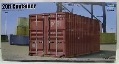 Trumpeter   1:35  20ft Shipping/Storage Container TRP1029