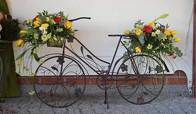 blumen fahrrad aus metall fahrrad deko blumenst nder. Black Bedroom Furniture Sets. Home Design Ideas