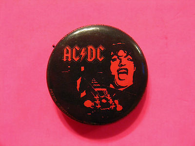 Ac/dc Official 2007 Badge Button Pin Uk Made  Angus Young