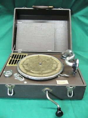 1930's General Industries Junior Phonograph Record Player with Needle Works