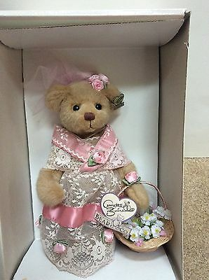 """ANNETTE FUNICELLO """"VIRGINIA"""" LACE SPRING BEAR W/ STAND New In Box Retired"""