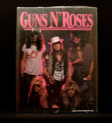 "Vintage Guns N' Roses Fanbuch   "" In German"""