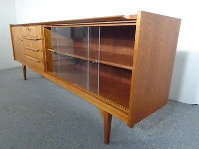 sideboard klassiker 50er 60er jahre mid century design. Black Bedroom Furniture Sets. Home Design Ideas