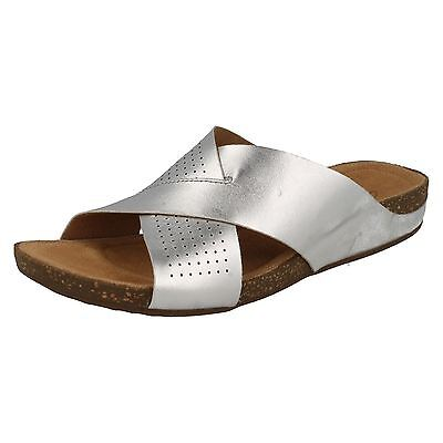 fb78a3df3 Ladies Clarks Perri Cove Silver Leather Casual Mule Sandals D Fitting