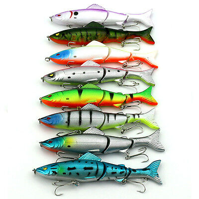 Lot 8PCS Fishing Lures Minnow Spinner Bass Baits Crankbait Assorted Tackle Hooks