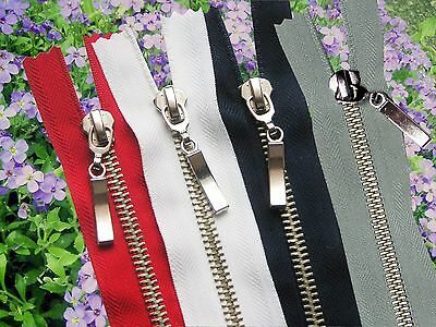 ONE ZIP /METAL  SILVER TEETH/ CLOSED END/ No 5./THREE COLOURS