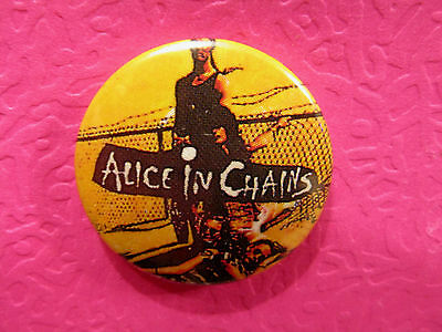 "Vintage Alice In Chains  1"" Button Pin Badge Uk Made"