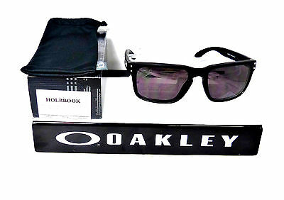 New Oakley Holbrook Matte Black / Warm Grey Oo9102-01 Sunglasses Nwt