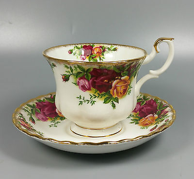 Royal Albert Old Country Roses Tea Cup And Saucer (Perfect)