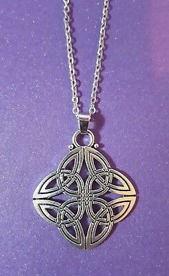 CELTIC TRINITY KNOT PENDANT SILVER Tone 35mm Four Way Triquetra On Chain.    I1