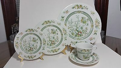 "Beautiful 1974 Royal Doulton ""Tonkin"" 5 Pc. Place Setting TC 1107"
