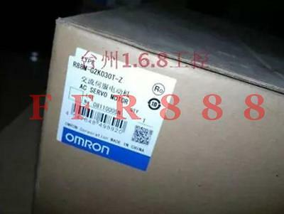 New Omron R88M-G2K030T-Z