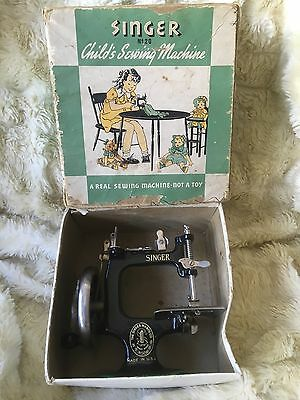 Vintage Antique Singer Sewing Machine No. 20 in original box - Made in USA