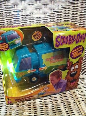 Scooby Doo Mystery Machine 2-In-1 Torch With Scary Sfx Brand New Factory Sealed