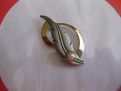 Fashion Jewellery Brooch Leaf With Pearl Two Tone
