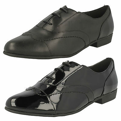 Ladies Clarks Dawson Reel Black Leather Or Patent Lace Up Shoes D Fitting