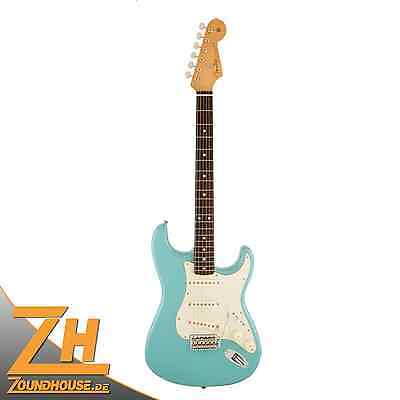 Fender Special Edition 60s Stratocaster Cerulean Blue
