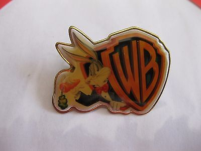 Vintage Warner Bros Bugs Bunny Pin Back Button  1997