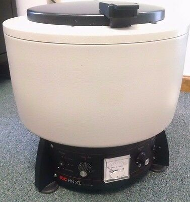 Damon IEC HN-SII Benchtop Centrifuge w/ Rotor and Buckets - Works