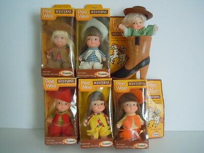 Rare Set Of 6 Uneeda Pee Wee Westerns,the World's Tiniest,mightiest Cowgirl Doll