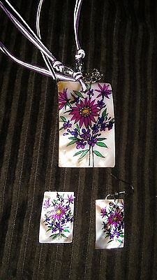 "16""cord Necklace Set Mother Of Pearl Painted Purple Flowers On Pendant, Earrings"