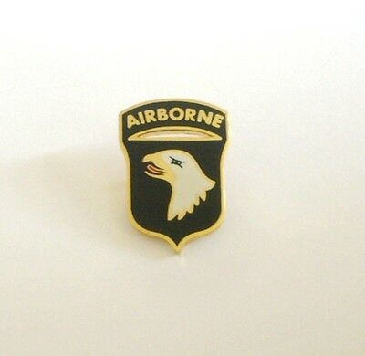 101st AIRBORNE  DIVISION (Badge émail/pin's)
