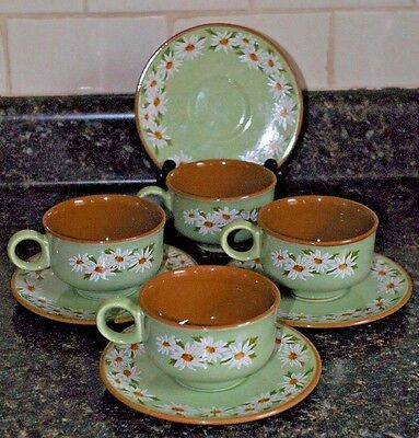 4  Taylor Smith & Taylor Lazy Daisy Cups and Saucers