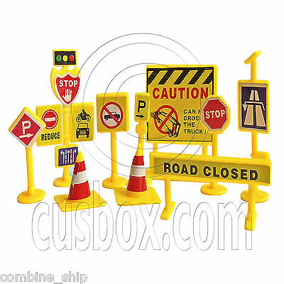 Set Lot 10 Sign Road Board Traffic Light Cone Signal 1:24 1:25 G Scale Miniature
