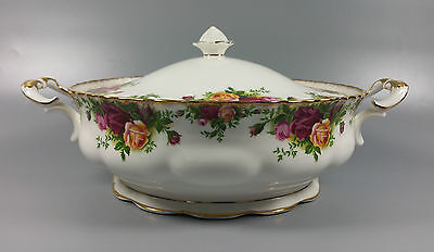 Royal Albert Old Country Roses Vegetable Tureen (Original Backstamp) (Perfect)
