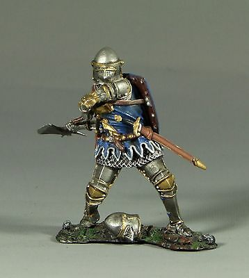 COLLECTORS SHOWCASE CS00675 Mediveal Knight  Sir Walter Pavely