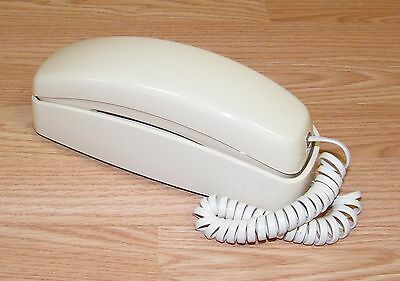 Genuine AT&T (210) Single Line Push Button Wall / Desktop Corded Phone **READ**