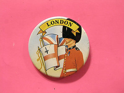 London Tower Guards Vintage Button Badge Pin Uk Import