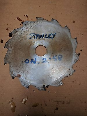 Stanley  wood Saw Blade 225mm x 2.5mm x 35Bore . 14T