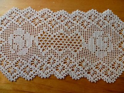 Vintage Filet Rose Hand Crochet Light Cream Sandwich Doily