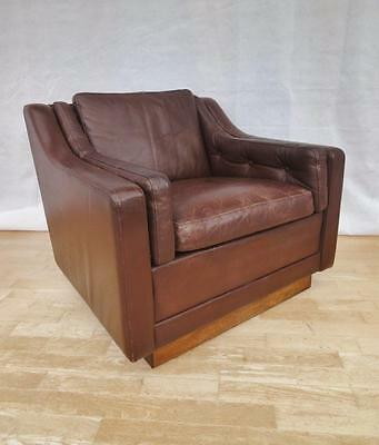 Mid Century Retro Danish Brown Leather & Rosewood Easy Lounge Armchair 1960s
