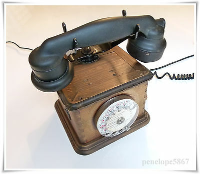 altes Holz Telefon Bj.1940 Telephones  Propriete de l'etat Typ Marty