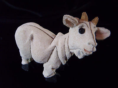 Beautiful pottery model of a goat - Blythe Collectables, Staffordshire
