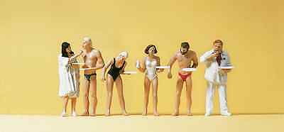 Preiser 10424 People in Swimming Costumes At The Beach Buffet HO Gauge Figures
