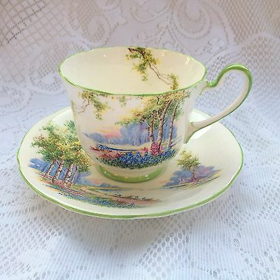 """Aynsley """"Blueberry Time"""" Tea Cup & Saucer 'as supplied to H.M. The Queen  942"""