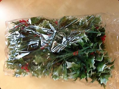 ARTIFICIAL STEMS OF HOLLY GREAT FOR  XMAS WREATH DECORATION  x36 stems Wholesale