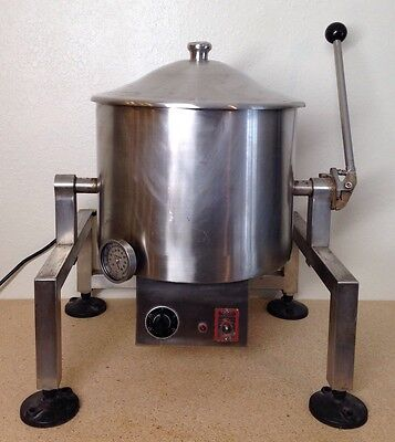Savage Bros. Mixing Kettle Fudge Mod: 50 Fudgemaker - Mixer Melter w/ Tilt Lever